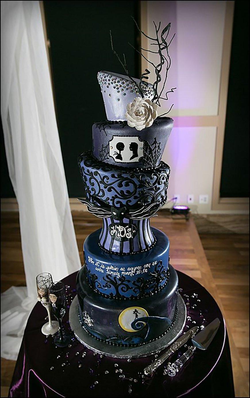 Nightmare Before Christmas Cakes Decorations  23 Halloween Wedding Cakes