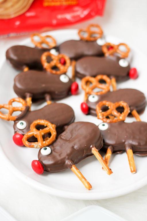No Baking Christmas Treats  Holiday Reindeer Cookies Domestic Superhero