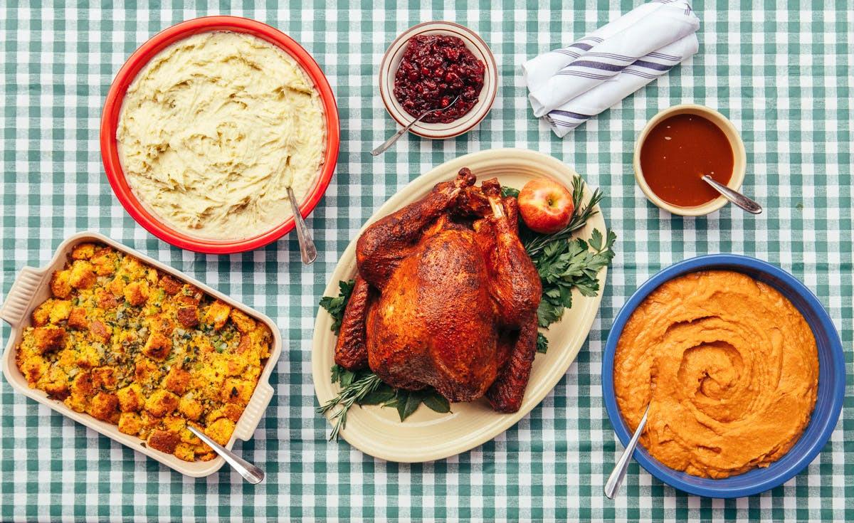 Order Turkey For Thanksgiving  Chicago Restaurants to Order Thanksgiving Dinner From