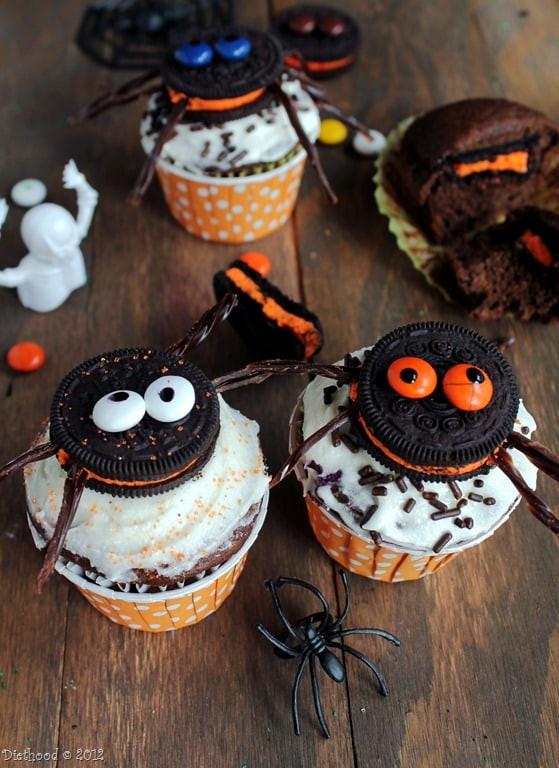 Oreo Halloween Cookies  Spider Oreo Cupcakes