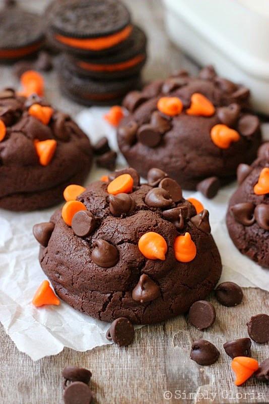 Oreo Halloween Cookies  The Mandatory Mooch 23 Halloween Party Treats