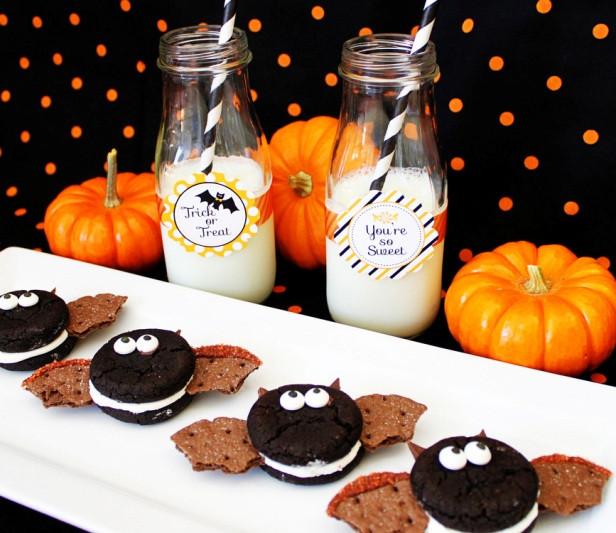 Oreo Halloween Cookies  Easy Oreo Bat Cookie Halloween Party • The Celebration Shoppe