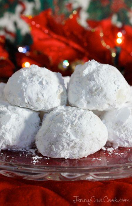 Pecan Balls Christmas Cookies  Christmas Pecan Balls Recipe