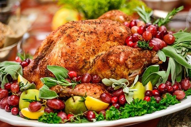 Picture Of Thanksgiving Turkey  Turkey Platter Garnish Ideas B Lovely Events