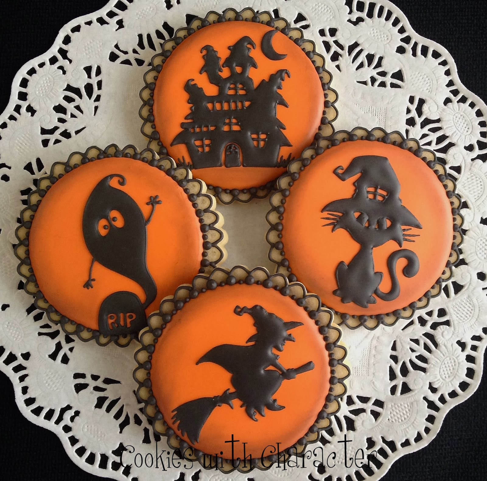 Pictures Of Halloween Cookies  Cookies with Character How did I here oh and a