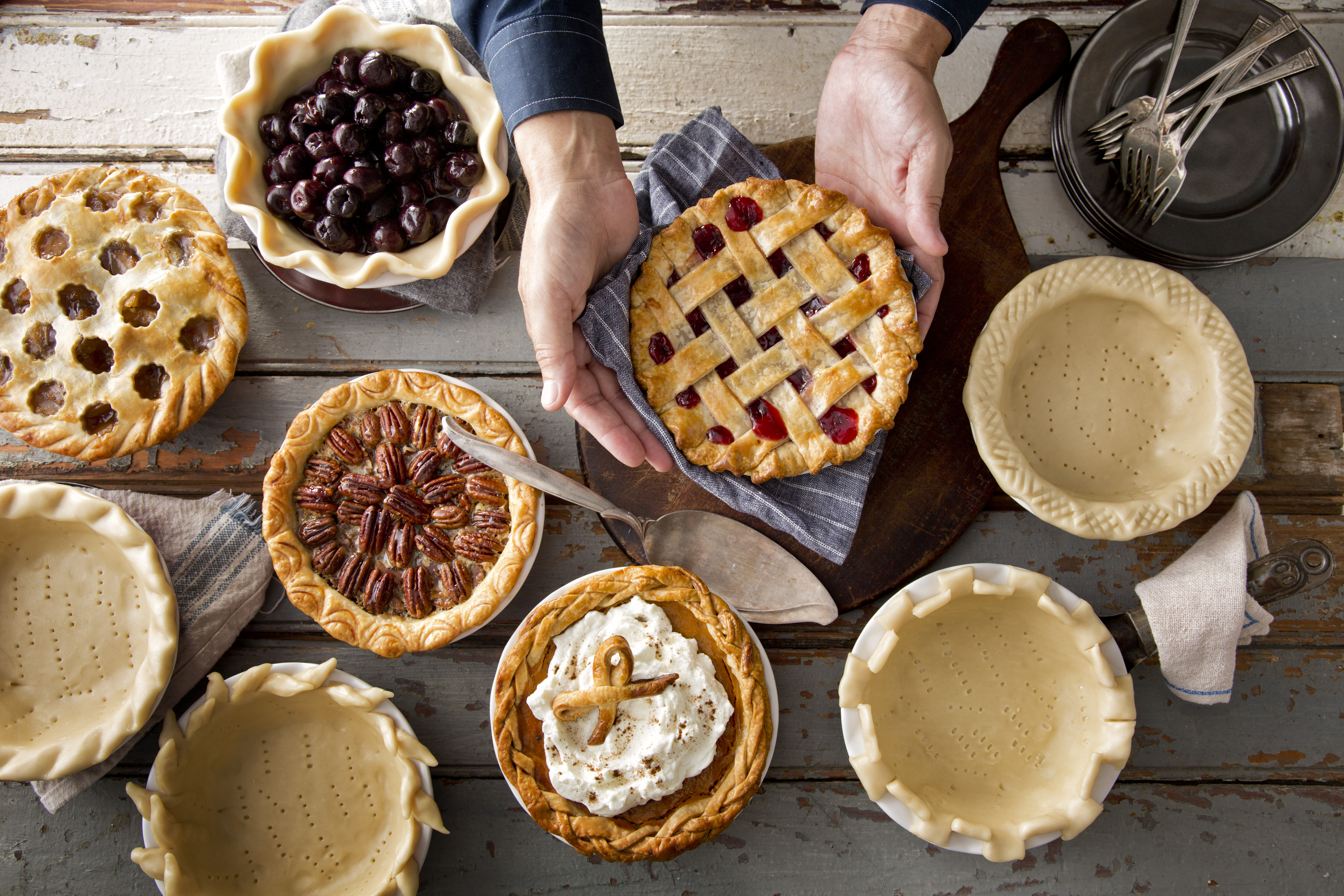 Pies For Thanksgiving  Creative Pie Crust Crimping