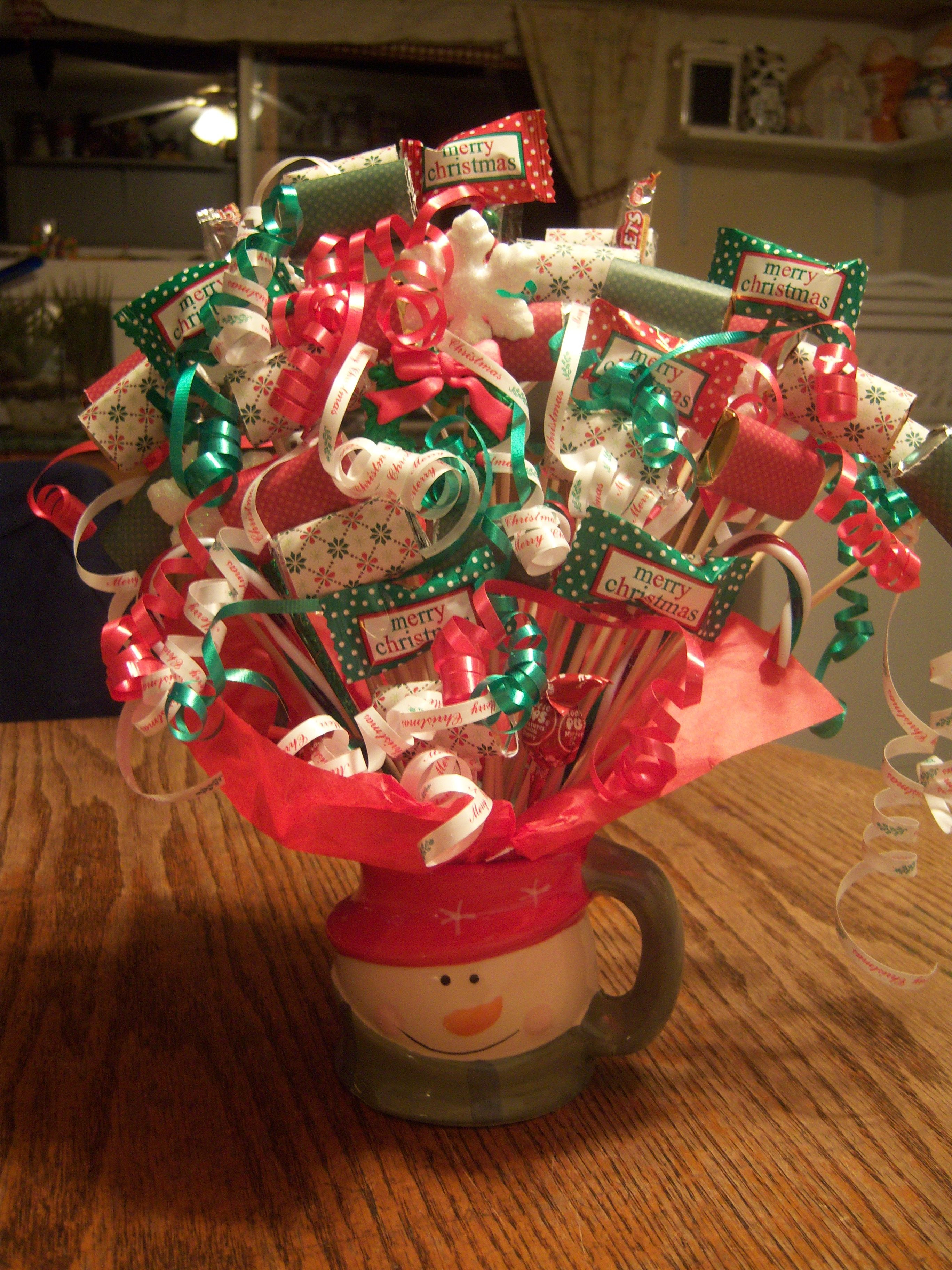 Pinterest Christmas Candy  Christmas Bouquet Green and Red Candy Bouquets