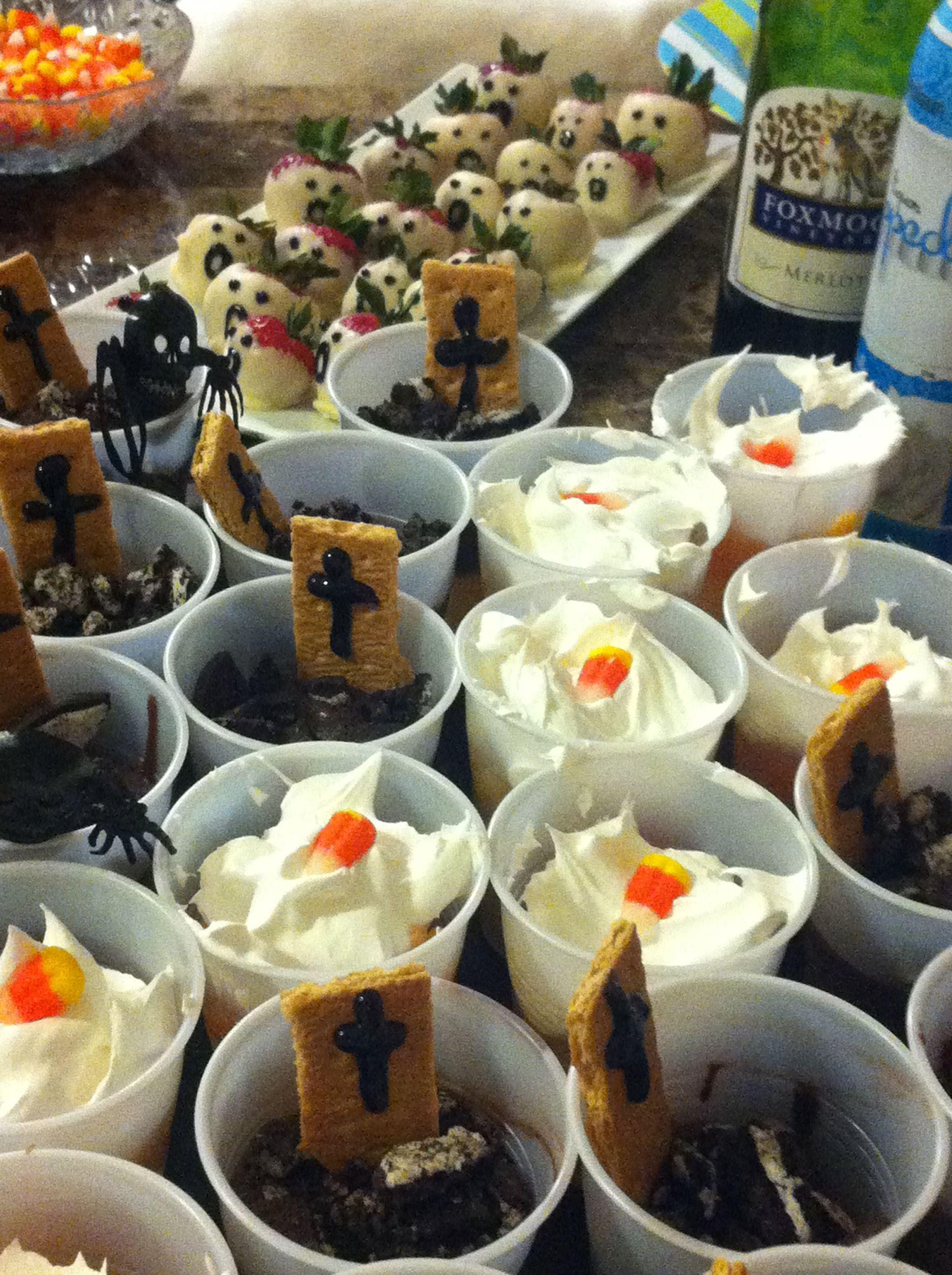 Pinterest Halloween Desserts  Halloween desserts desserts
