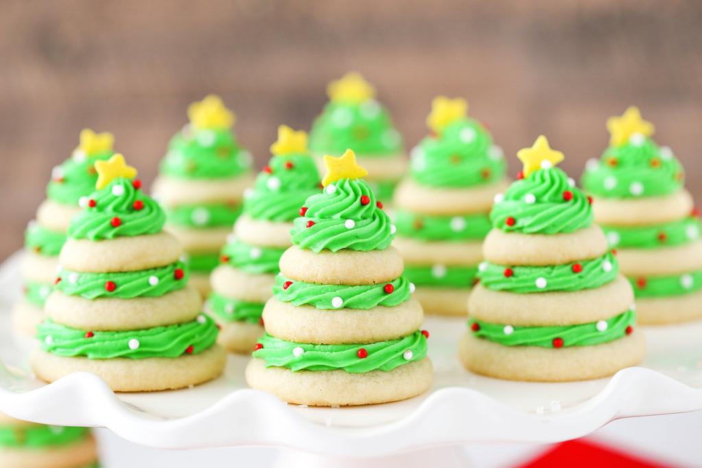 Pretty Christmas Desserts  30 Cute Christmas Treats Easy Recipes for Holiday
