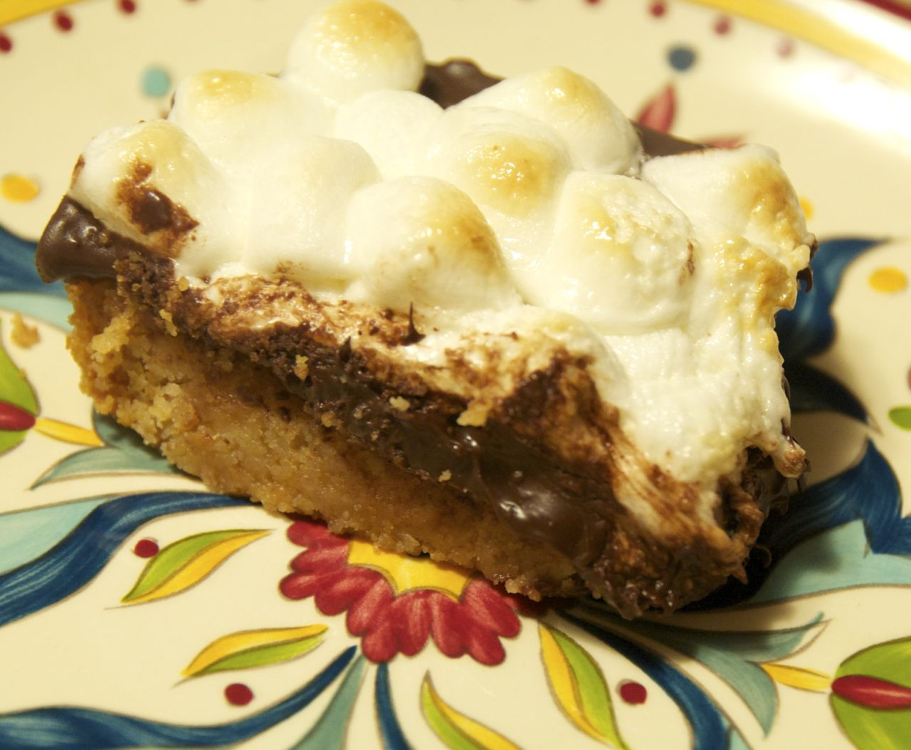 Quick Fall Desserts  S mores Bars Beyer Beware