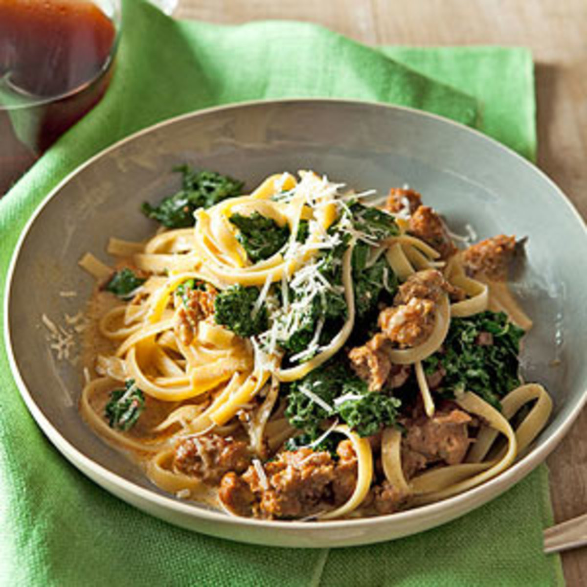 Quick Fall Dinners  16 Quick & Easy Fall Recipes Rachael Ray Every Day