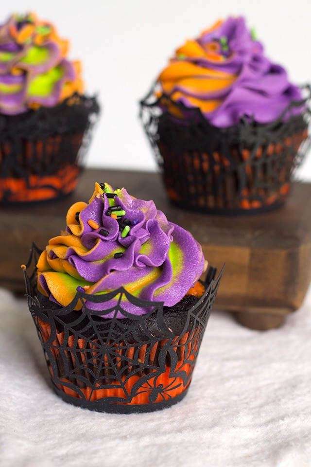 Recipes For Halloween Cupcakes  Halloween Swirled Cupcakes