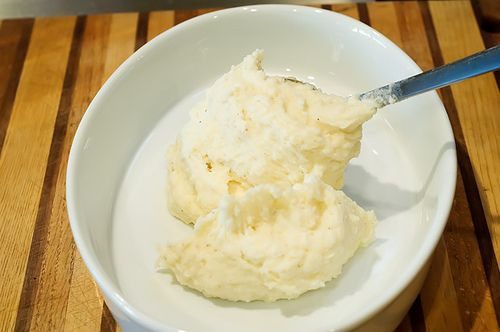 Ree Drummond Mashed Potatoes Thanksgiving  25 best ideas about Pioneer Woman Mashed Potatoes on