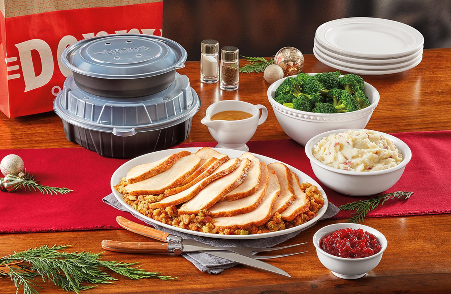 Restaurants Serving Thanksgiving Dinner  19 Chain Restaurants Serving Thanksgiving Dinner Gallery