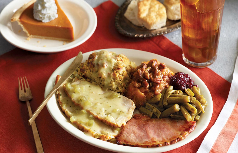 Restaurants Serving Thanksgiving Dinner  18 chain restaurants that will be serving Thanksgiving