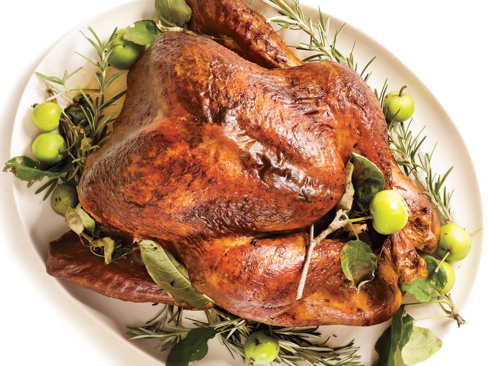 Roasted Thanksgiving Turkey  Roasted Turkey & Rosemary Garlic Butter Rub & Pan Gravy