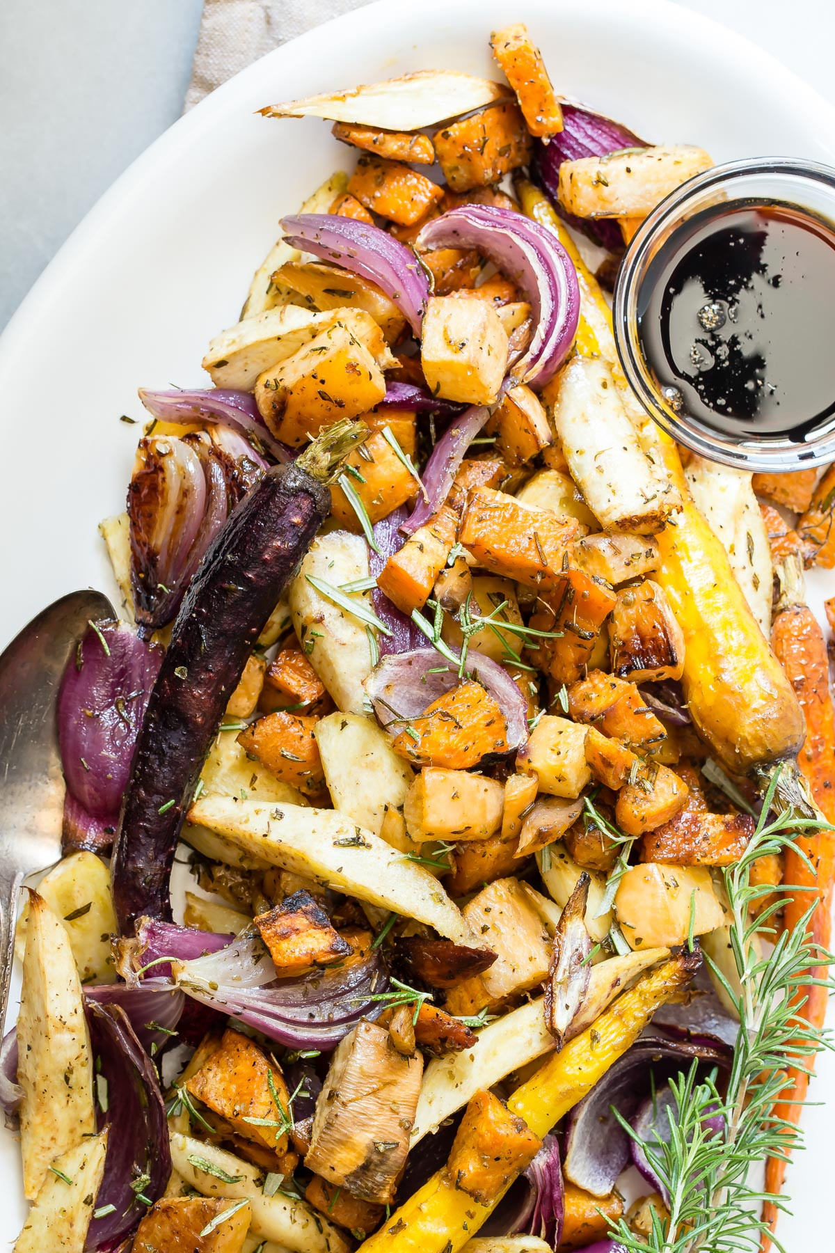 Roasted Vegetables Thanksgiving  Easy Rosemary Maple Balsamic Roasted Ve ables