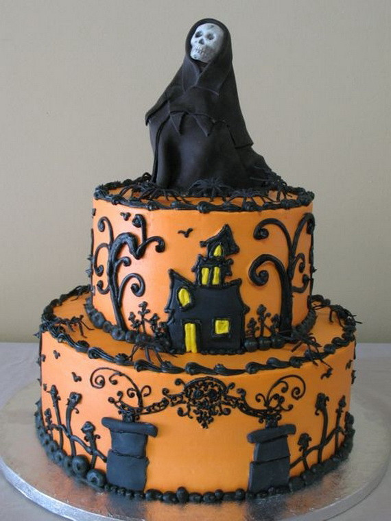 Scarey Halloween Cakes  Halloween Creative Cake Decorating Ideas family holiday