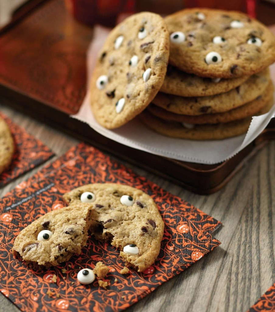 Scary Halloween Cookies  Spooky Halloween Eyeball Cookies Recipe