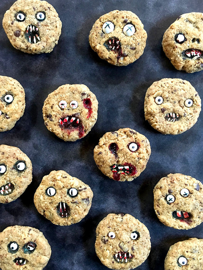Scary Halloween Cookies  How To Bake Halloween Cookies That Are Too Scary To Eat