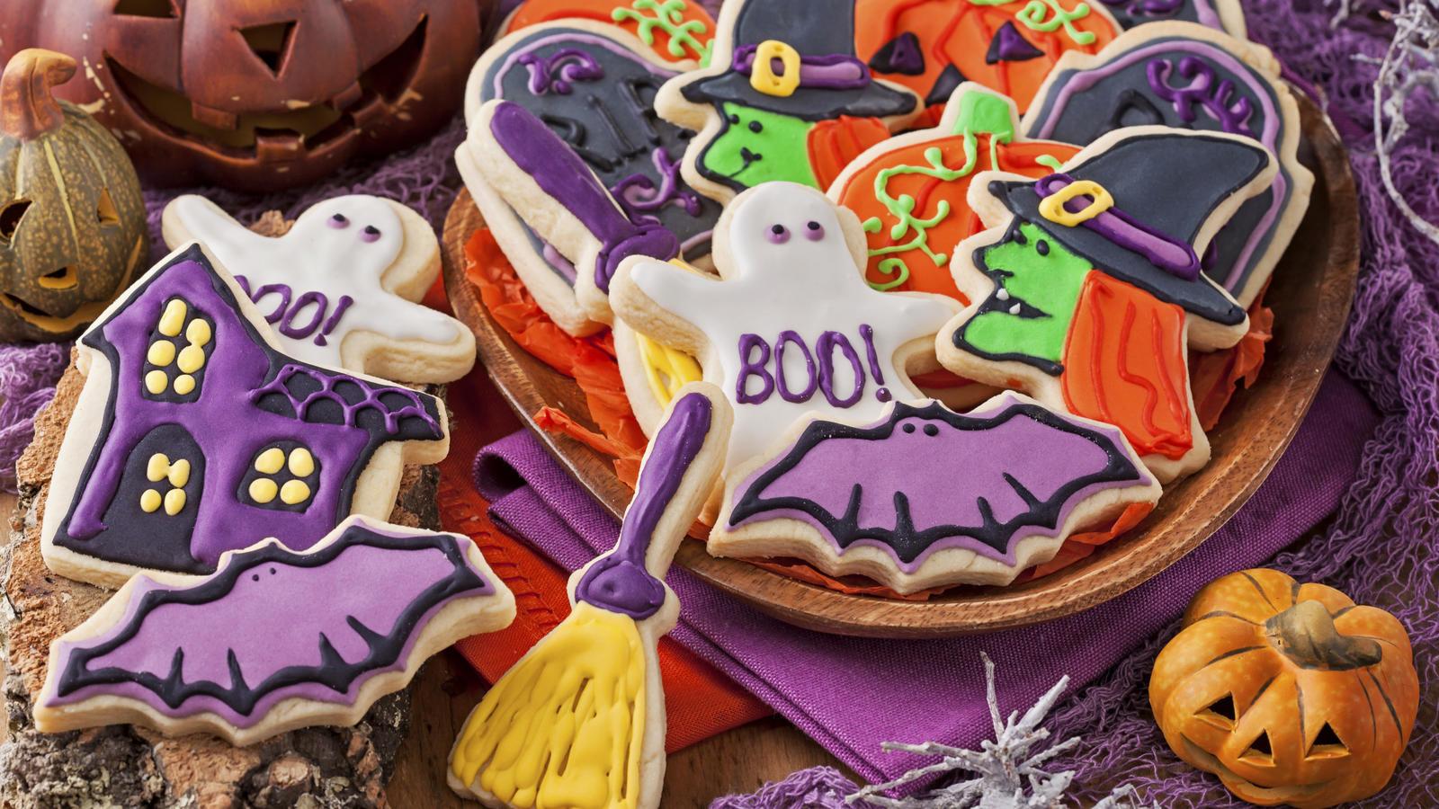 Scary Halloween Cookies  Spooky Halloween cookies