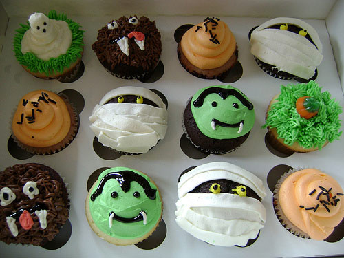 Scary Halloween Cupcakes  Brown Bear Bakery Fort Mill SC