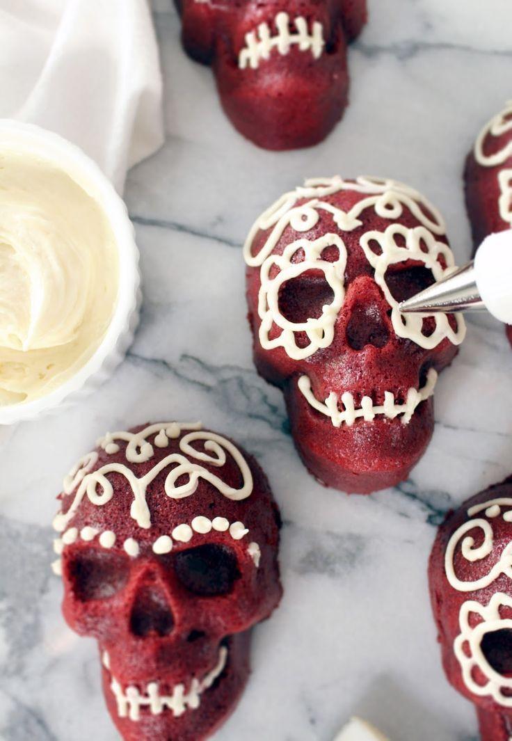 Scary Halloween Dessert  Best 25 Halloween treats ideas on Pinterest