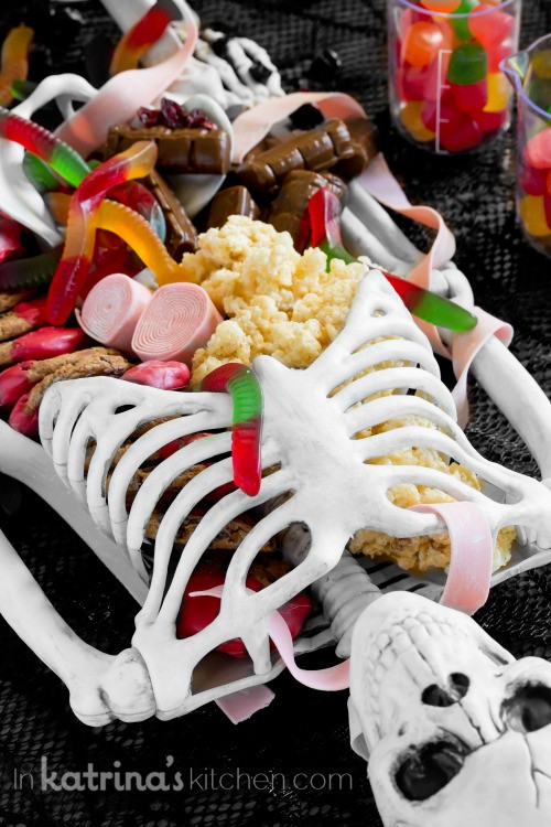 Scary Halloween Desserts  Halloween Dessert Table Skeleton