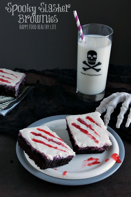 Scary Halloween Desserts  1000 images about Halloween Tricks & Treats on Pinterest
