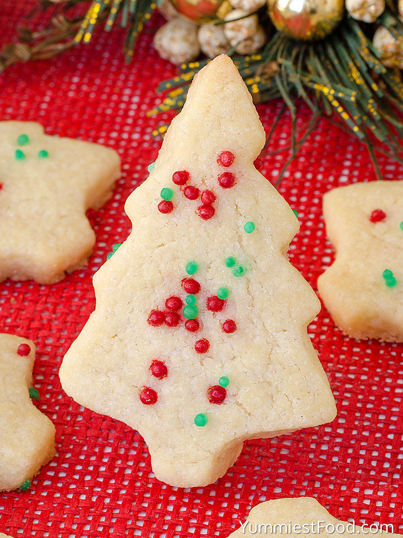 Shortbread Cookies Christmas  Christmas Shortbread Cookies Recipe from Yummiest Food