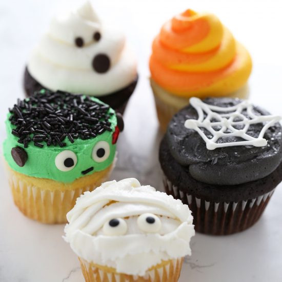 Simple Halloween Cupcakes  How to Make Halloween Cupcakes Handle the Heat