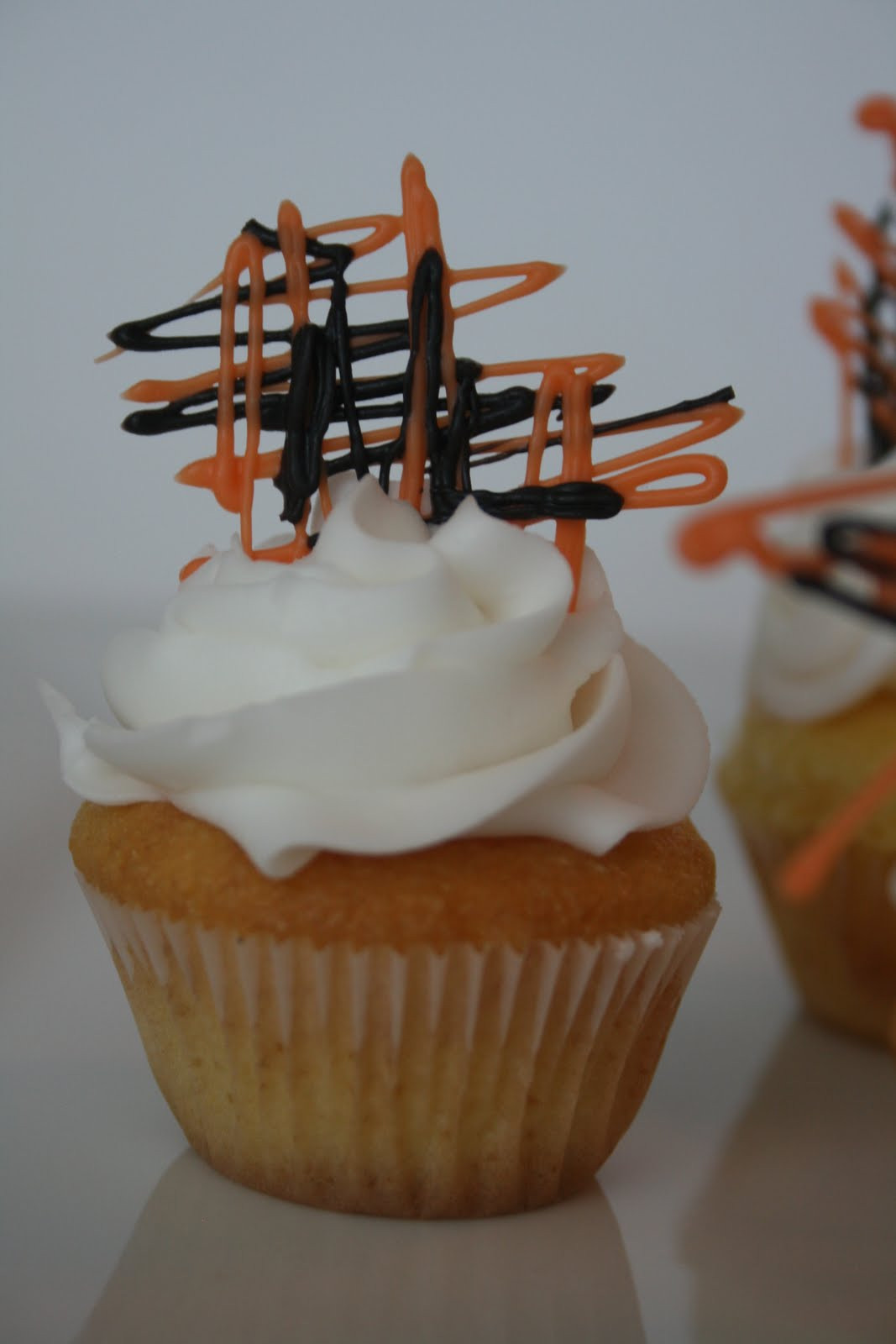 Simple Halloween Cupcakes  And Everything Sweet Easy Halloween cupcake