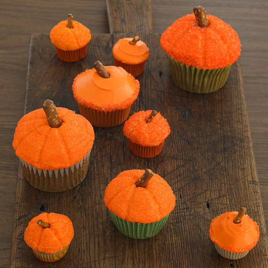 Simple Halloween Cupcakes  50 Halloween Treats