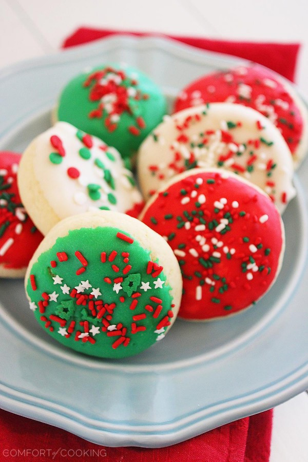 Soft Christmas Sugar Cookies  Soft Frosted Lofthouse Style Cookies