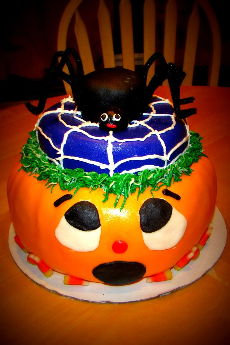 Spooky Halloween Cakes  17 Best images about Halloween food on Pinterest
