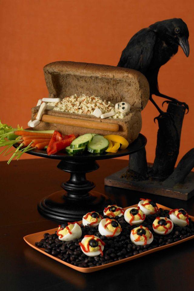 Spooky Halloween Dinners  25 Spooky Halloween Dinner Ideas