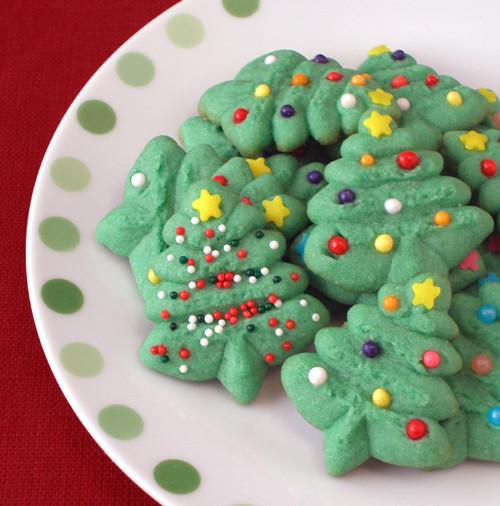 Spritz Christmas Cookies  Spritz Cookies CraftyBaking