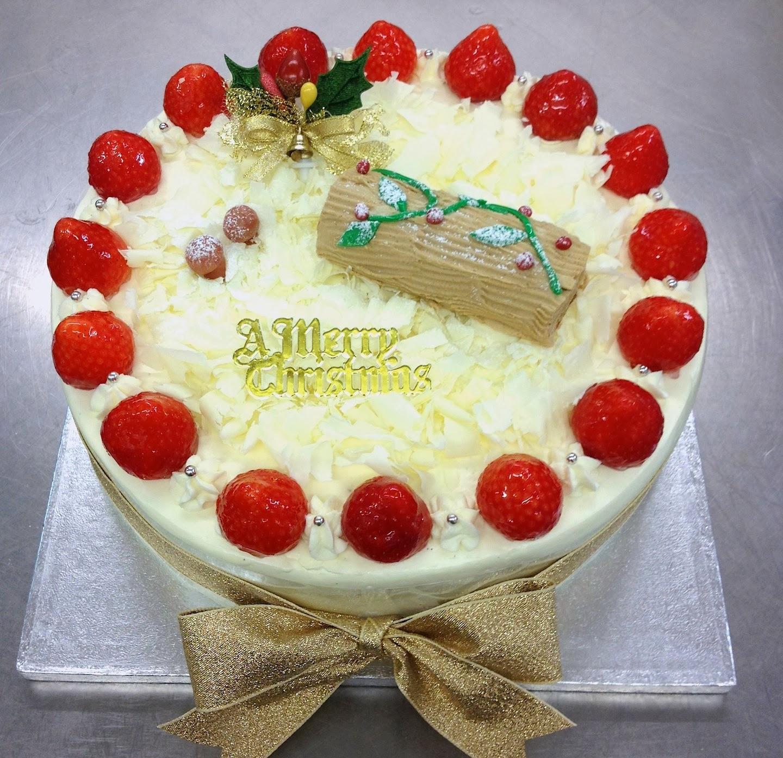 Strawberry Christmas Cake  Lanka Celebration Cakes December 2013