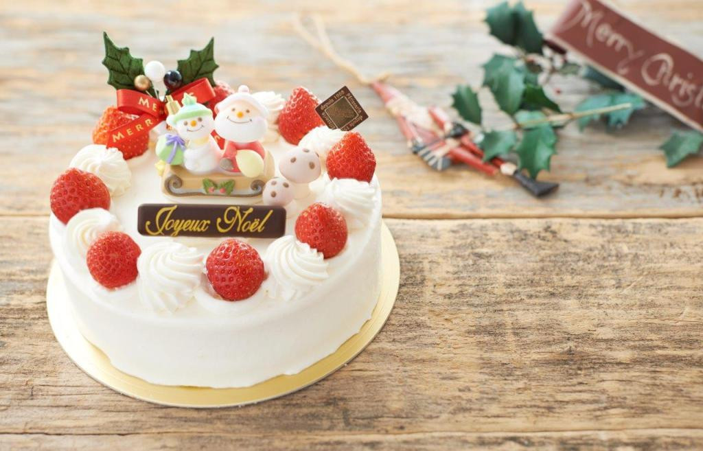 Strawberry Christmas Cake  5 Things About Christmas In Japan Everyone Should Know