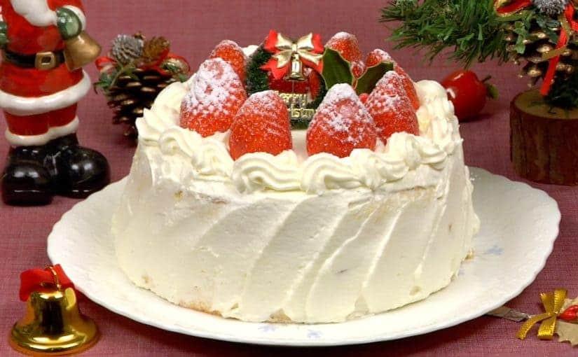 Strawberry Christmas Cake  Christmas Cake Recipe Strawberry Cake – Cooking with Dog