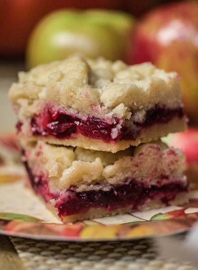 Thanksgiving Apple Desserts  Cranberry Apple Shortbread Bars