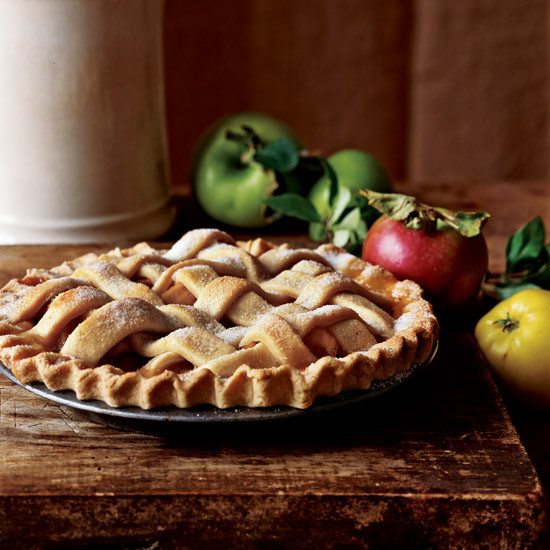 Thanksgiving Apple Pie  Top Thanksgiving Desserts