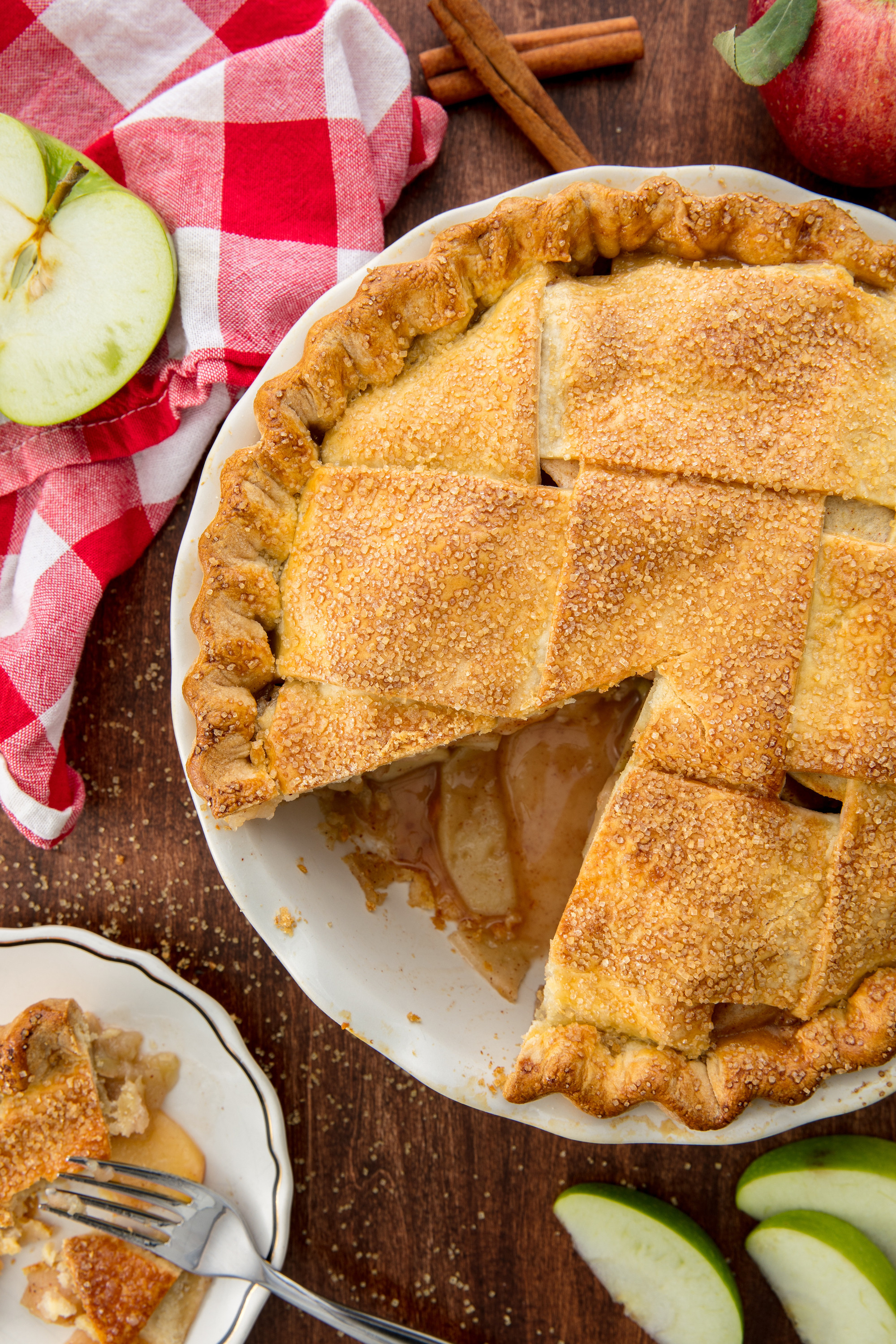 Thanksgiving Apple Pie  100 Thanksgiving Pies Homemade Pie For The Holidays