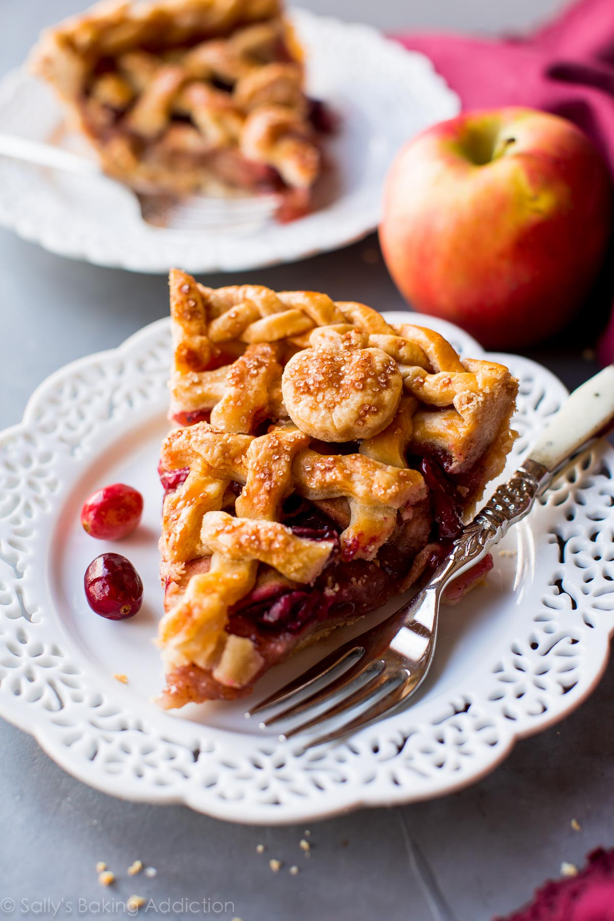Thanksgiving Apple Pie  32 Fabulous Thanksgiving Pies Classy Clutter