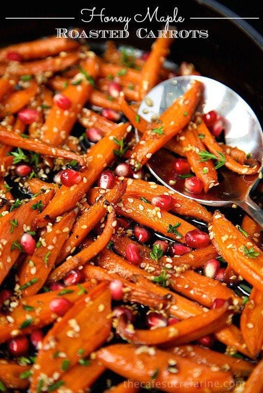 Thanksgiving Carrot Recipes  Honey Maple Roasted Carrots