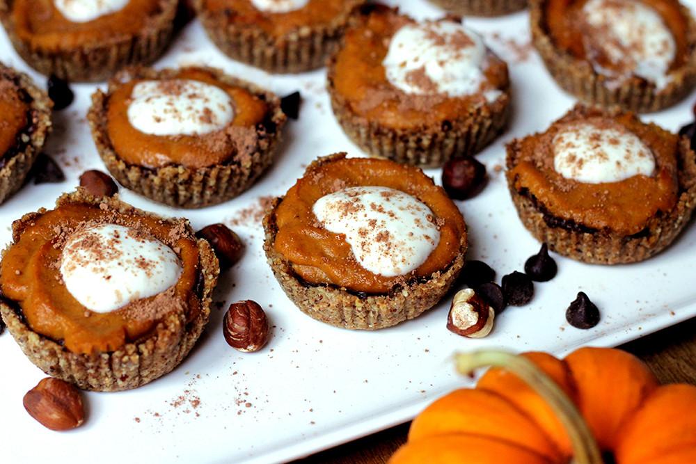Thanksgiving Chocolate Pie  Vegan Thanksgiving Recipes Mini Chocolate Pumpkin Pie
