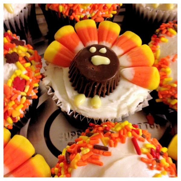 Thanksgiving Cupcakes Decorating Ideas  Thanksgiving Turkey Cupcakes Fun to make with KIDS