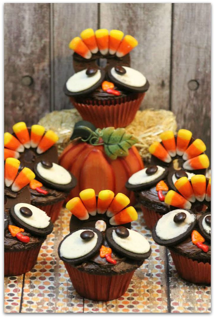Thanksgiving Cupcakes Decorations  Thanksgiving Turkey Cupcakes Food Fun & Faraway Places