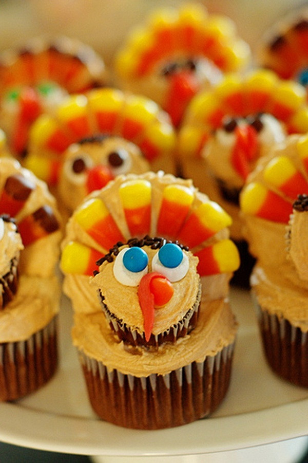 Thanksgiving Cupcakes Decorations  Taking the Cake Thanksgiving Cupcake Decorating Ideas