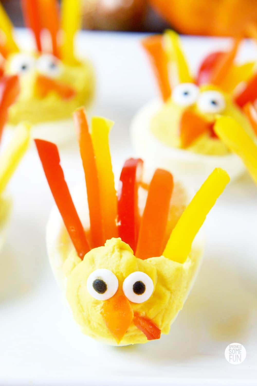 Thanksgiving Deviled Eggs  Deviled Egg Turkeys ⋆ Easy Turkey Shaped Deviled Eggs